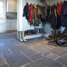 slate floor in large flagstone sizes on a random pattern