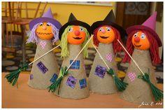 ...letos trošku náročnější než loni  :-)     Pomůcky:  polystyrenové kuličky, acrylová barva, tvrdý papír na kužel, barevný tvrdý papír na... Halloween Crafts For Kids, Diy Halloween Decorations, Fall Crafts, Holiday Crafts, Toddler Crafts, Preschool Crafts, October Crafts, Class Decoration, Paper Plate Crafts