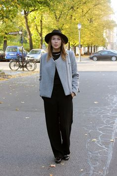 Fall outfit with hat by Monki