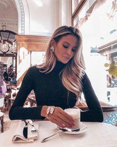 Fantastic Fashion Tips And Advice To Improve Your Look – Fashion Trends Fashion Looks, Fashion Beauty, Fashion Hair, Luxury Fashion, Fashion Women, Feminine Fashion, Classy Fashion, Unique Fashion, Style Fashion