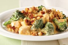 This chicken and broccoli bake may be your family's new favorite Healthy Living recipe. If it is, we'd bet it's because of the stuffing and cheese sauce.
