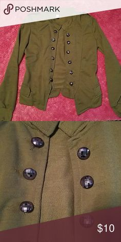 Girls lightweight jacket Beautiful army green jacket with shiny button as details, light weight and perfect for spring Jackets & Coats