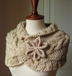 Capelet... not sure that I would wear this, but it's pretty cute!