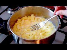 Nem ismertem a burgonyafőzés ilyen módját! Finom hús nélküli vacsorát fogsz kapni! # 563 - YouTube Easy Potato Recipes, Vegetable Recipes, Vegetarian Recipes, Carne, How To Cook Potatoes, Potato Dishes, Raw Vegan, Vegan Food, Macaroni And Cheese