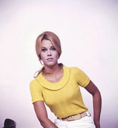"""The photo """"Jane Fonda"""" has been viewed 82 times. Jane Seymour, Golden Age Of Hollywood, Hollywood Stars, Hollywood Actresses, Actors & Actresses, Jane Fonda Barbarella, Henry Fonda, Francoise Hardy, American Actors"""
