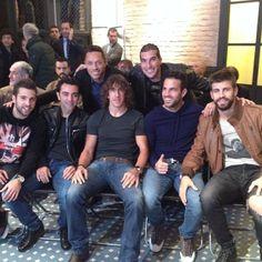 Jordi - Xavi - Puyol - Cesc - Piqué - Pinto - Adriano {Messi, bota de oro =)}