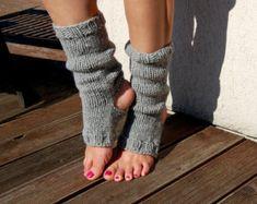 Yoga Socks Pedicure Socks Toe-less Socks Knitted Spats Flip Flop Socks Piyo Socks Yoga Wear Hand Knit Dance Socks Yoga Girls, Socks And Heels, Knee High Socks, Knitting Socks, Hand Knitting, Knitting Ideas, Knitting Projects, Old Sweater Crafts, Toeless Socks