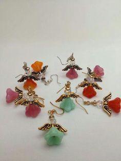 Jewelry Earrings Angel earrings Crystal and firepolished by MarielaCorteJewels - Wire Jewelry, Jewelry Crafts, Jewelry Art, Beaded Jewelry, Jewelery, Handmade Jewelry, Jewelry Design, Angel Earrings, Bead Earrings