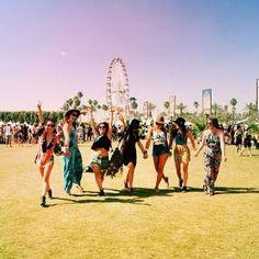 2015年夏フェス女子♪最高に楽しむためのコーデと日焼け対策