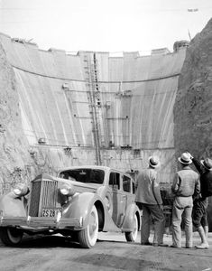 Packard automobile at Hoover Dam, 1934 Hoover Dam Construction, Vintage Photographs, Vintage Photos, Indiana, Old Vegas, Michigan, Boulder City, Lake Mead, Colorado River