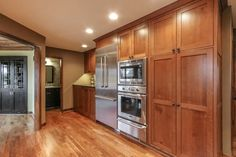 White oak flooring, quarter sawn white oak cabinets, Thermador appliances