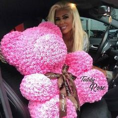 2018 Wholesale Cheap Red Bear Rose Teddy Bear Rose Flower Artificial Decoration Christmas Gifts for Women Valentines Gift. Big Teddy Bear, Teddy Bear Gifts, Giant Teddy, Valentines Day Bears, Valentine Day Gifts, Valentine Gifts For Girlfriend, Valentine Ideas, Estilo Kardashian, Forever Rose