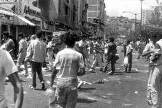 <p>26/02/2016/PS y YR/Informe21 El Caracazo fue dado durante el gobierno de Carlos Andrés Pérez el cual comenzó el 27 de febrero de 1989, es definido como un estallido social enmarcado por una serie de protestas y disturbios, donde el pueblo…</p>