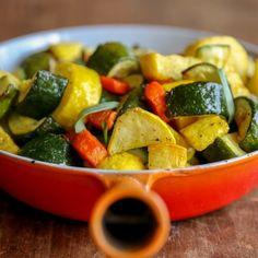 Aire Fried calabacín, calabaza amarilla, y Zanahorias
