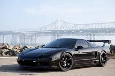 I am a fan of black on black and to be honest, I actually like that wing as well! Not bad at all. #acura #honda #nsx #sportscar