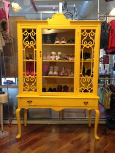 This cute, fun, trendy children's store is the perfect little shop to find all things cool for your child. Tons of new and gently used items available.