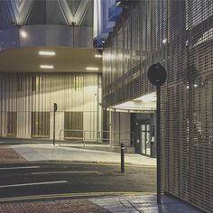 Golden Door #dubailuxe #victoriagate #leeds #yorkshire #night #lights