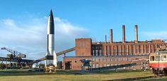 Como es sabido, los misiles actuales tuvieron como precursores a los proyectiles V-1 y V-2 desarrollados por la Luftwaffe (la fuerza aérea alemana) desde los años treinta, bajo el gobierno nazi, y puestos en servicio a partir de 1944.  La V-1 hizo su vuelo de prueba a finales de 1941 y se empleó e