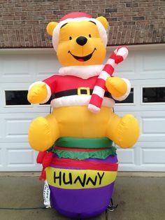 GEMMY/ DISNEY INFLATABLE CHRISTMAS WINNIE THE POOH W. CANE 8 FT W/ BOX