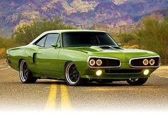 "26d1d8ec Iconic Mopar muscle car – the 1970 Dodge Super Bee named ""Mutant Bee"" by  its creators at the ""Muscle Rod Shop"". Check Out The Video"