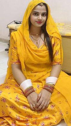 10 Most Beautiful Women, Beautiful Girl In India, Beautiful Suit, Most Beautiful Indian Actress, Beautiful Asian Girls, Cute Beauty, Beauty Full Girl, Beauty Women, Rajasthani Dress