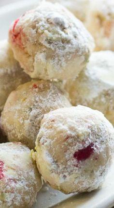 Cherry Pistachio Cherry Snowball Cookies - Recipes For Food Snowball Cookies, Xmas Cookies, Yummy Cookies, Cherry Cookies, Maple Cookies, Pistachio Cookies, Almond Cookies, Cupcake Cookies, Chocolate Cookies