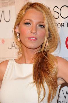 Uno de los tonos de rubio más convincentes de la farándula// One of the most convincent blondes of showbiz