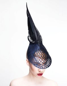 Sculpted out of wood, Emma Yeo's couture headwear makes a dramatic fashion statement Fascinator Hats, Fascinators, Headpieces, Millinery Hats, Races Fashion, Western Hats, Fancy Hats, Head Accessories, Creative Hairstyles