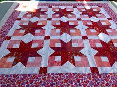 Using Bonnie Hunter's Boxy Stars pattern. Love this color way ... : boxy stars quilt - Adamdwight.com