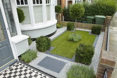 Small Formal Gardens | Miniature Front Formal Garden, via Garden Builders .