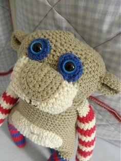 Brioschka / crochet monkey