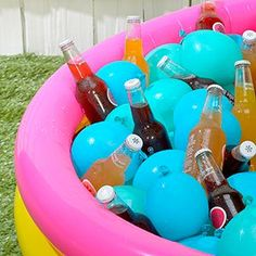 One of summer's best pastimes is a big backyard party filled with friends and family, potluck-ready favorites and… a dirty cooler? Backyard Party Decorations, Balloon Decorations Party, Party Themes, Backyard Parties, Party Ideas, Fun Ideas, Balloon Hacks, Water Birthday, Birthday Bash