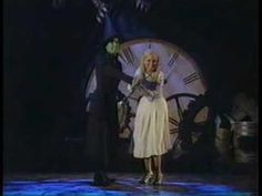 An All Time Great Tony Award's moment w/ Idina Menzel & Kristin Chenoweth-Defying Gravity from WICKED