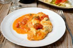 Il petto di pollo alla pizzaiola è un secondo piatto saporito ma allo stesso tempo semplicissimo e veloce da preparare che piacerà a tutti.