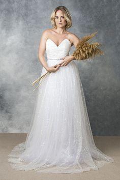 Couturiosity   Wedding Dresses in Loughton