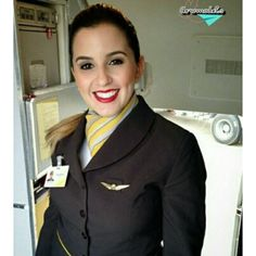 Aeromodel: @gabrielavallim  #passaredo#stewardess#crewmember#crewlife#revistatripulante#voar#fly#flightattendant#airlinescrew#aeronave#airplanes#aeromoça#vidadeaeromoca#comissariadebordo#brasil#sonho#beautiful#belezabrasileira#brazil#flight#flyway#airhostess#azafata#aeromodels