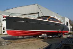 "Review: Mulder 47' ""Favorite"" Sport Yacht - not a Deadrise but still cool."