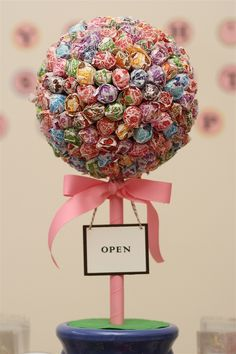Made Dum Dum trees like these for my baby shower. So easy and super cute!!!