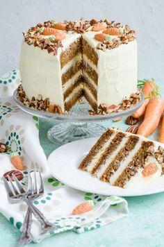 Carrot cake-Tort cu morcovi - Din secretele bucătăriei chinezești Sweets Recipes, Cake Recipes, Cooking Recipes, Helathy Food, Duck Breast Recipe, Cake Competition, Romanian Desserts, Food Cakes, Carrot Cake