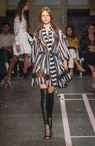 Givenchy Prêt-à-porter Printemps-été 2015 photo 11