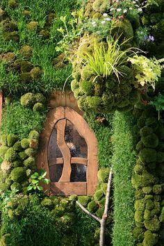 The Sea of Immeasurable Gravy: The Magic of Moss - a visit to Saiho-ji garden in Kyoto Dream Garden, Garden Art, Garden Design, Succulent Planters, Succulents Garden, Hanging Planters, Fairies Garden, Fairy Doors, Fairy Land