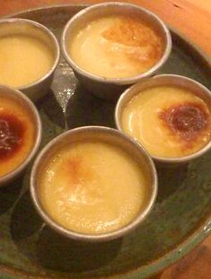 Easy dessert recipes : Make perfect creme caramel every time.  Click on the image for a printable recipe.