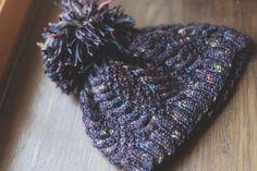 Bonnet taille adulte - torsades et points de blé Points, Creations, Accessories, Fashion, Knits, Human Height, Moda, La Mode, Fasion