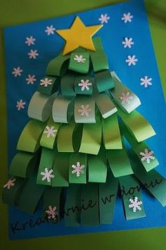 Easy Christmas Tree Crafts Ideas for toddlers and preschoolers folded Paper Christmas Tree Christmas Arts And Crafts, Noel Christmas, Christmas Activities, Simple Christmas, Christmas Projects, Holiday Crafts, Christmas Cards, Christmas Decorations, Christmas Ornaments
