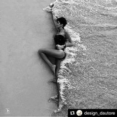 Creative travel photography on the beach. Black and white photography. Portrait Welle Mee … – Creative travel photography on the beach. Black and white photography. Creative Photography, Portrait Photography, Travel Photography, Photography Ideas, Summer Photography, Editorial Photography, Black White Photography, Feminine Photography, Amazing Photography