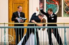感動アイデア!お洒落な結婚式写真を撮るための、ポーズ&シチュエーション♡ - NAVER まとめ