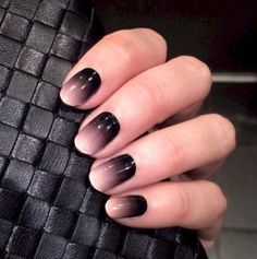 16. I am obsessed with this black ombre. It's perfect for fall.