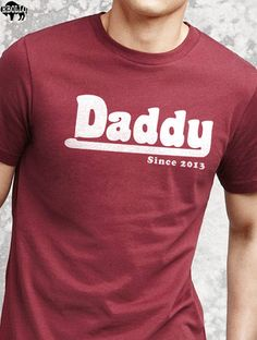 Husband Gift DADDY Fathers Day Mens T shirt New Dad door ebollo, $14.95