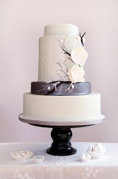 Black and Ivory wedding cake by Blue Note Bakery