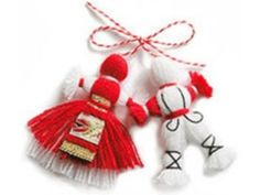 martenitsa - is a small piece of adornment, made of white and red yarn and worn from March 1 until around the end of March (or the first time an individual sees a stork, swallow, or budding tree). The name of the holiday is Baba Marta. Baba Marta, Diy And Crafts, Arts And Crafts, Wedding Mugs, Happy Spring, Felt Toys, Felt Flowers, Pagan, Diy Jewelry